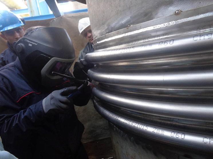 Butt Welding of the clamshell bellows