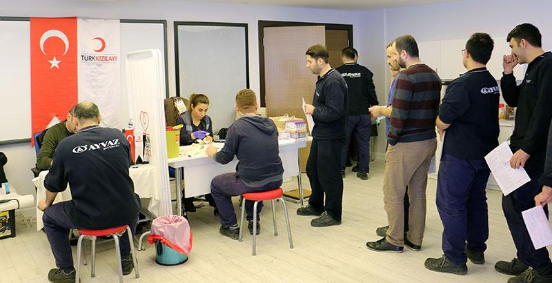 Ayvaz, Kızılay İş Birliğiyle Kan Bağışı Kampanyası Yaptı