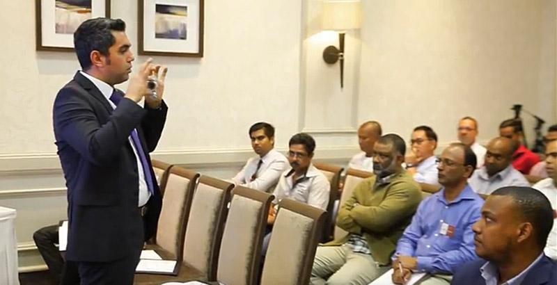Ayvaz Mauritius'ta Seminer Düzenledi